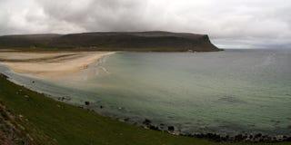 Strand in Patreksfjordur, Westfjords, Island Stockbilder