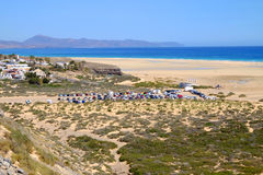 Strand Playa de Sotavento Fuerteventura Spanien - 16 02 2017 Arkivfoto