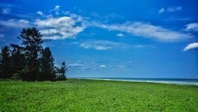 Strand Pondicherry Mahindra, Skyline und Seeansicht stockfotos
