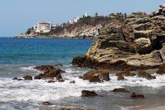 Strand in Puerto Escondido, Mexico stock foto's