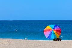 Strand-Regenschirm Lizenzfreies Stockbild