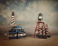 Strand-Reise-Koffer-Weinlese-Hintergrund lizenzfreies stockfoto