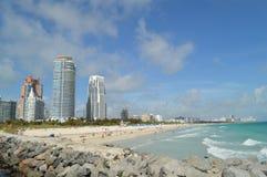 Strand am Südpunkt-Pier, Miami Beach, Florida Lizenzfreie Stockfotos
