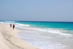 Strand in Santa Maria - het Eiland van het Zout - Kaapverdië Royalty-vrije Stock Afbeelding