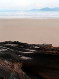 Strand scape minimal an der Dämmerung Lizenzfreies Stockfoto