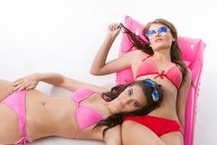 Strand-Schätzchen - Spaß im Sun Stockfotos
