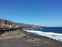 Strand-, sol- och blåtthav Royaltyfri Fotografi