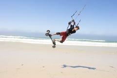 strand som kiteboarding Fotografering för Bildbyråer