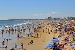 Strand am Sommer. Lizenzfreies Stockfoto