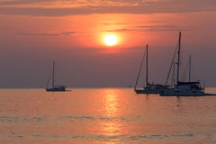 Strand-Sonnenuntergang Phuket Thailand Lizenzfreies Stockfoto