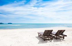 Strand-Stühle Lizenzfreie Stockfotografie