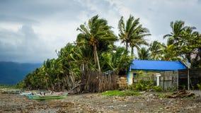 Strand-Sturm in den Philippinen stockbild
