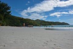 Strand - Sunny Seychelles stockfotos
