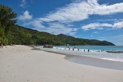Strand - Sunny Seychelles lizenzfreies stockfoto