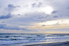 Strand-Szene des Pazifischen Ozeans in San Diego, CA Stockfotos