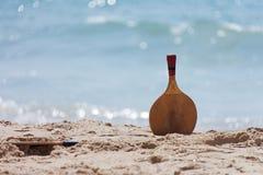Strand-Tennis für Active Lizenzfreies Stockbild