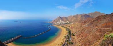 Strand Teresitas i Tenerife - kanariefågelöar Arkivfoton