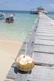 strand till den tropiska välkomnandet Arkivbild