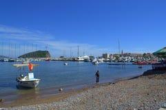 Strand und alter Stadtjachthafen, Budva Stockfotos