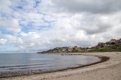 Strand und Dorf Tisvilde Stockfotos