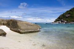 Strand und Felsen Stockfotos