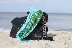 Strand und Geldbeutel Lizenzfreies Stockfoto