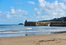 Strand und Hafen Saundersfoot Lizenzfreies Stockbild