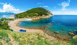 Strand und Küste Enfola in Elba-Insel, Toskana, Italien lizenzfreie stockfotos