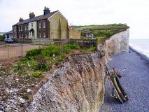 Strand und Klippe in Süd-England Lizenzfreies Stockbild