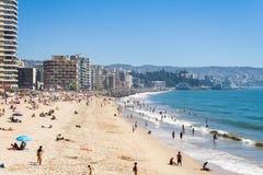 Strand und Stadtbild in Vina del Mar Stockfotos