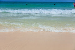 Strand und tropisches meeres- Lizenzfreie Stockbilder
