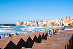 Strand van cefalu, Sicilië Royalty-vrije Stock Afbeeldingen