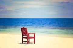 Strand van de overzeese zandhemel retro uitstekende stijl als achtergrond Stock Afbeelding