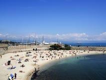 Strand van de stad van Antibes Stock Foto