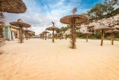 Strand von Cala Llombards lizenzfreie stockbilder