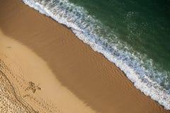 Strand von oben Stockbild