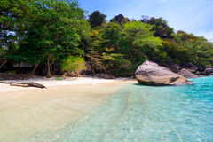Strand von tropischem haarscharfem Meer, Similan-Inseln, Andaman Stockfoto