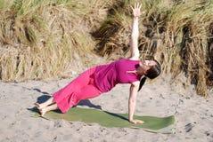 Strand-Yoga Lizenzfreies Stockbild