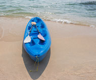 Strandaktivitet som kayaking Royaltyfri Foto