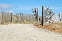 Strandbana med staketet Bretagne France Royaltyfri Bild