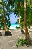 strandbana till tropiskt Royaltyfri Bild