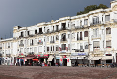 Strandbyggnader i Tangier, Marocko Royaltyfria Bilder