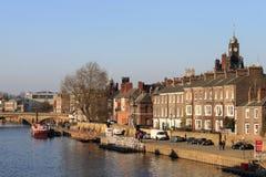 Strandbyggnader på floden Ouse i York. Royaltyfria Bilder