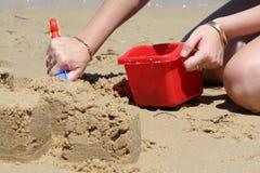 strandbyggnadssandcastles Arkivfoto