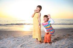 stranddagen tycker om florida ungesommar Arkivbild