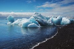 Stranded icebergs Royalty Free Stock Photos