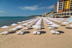 Stranden av Nessebar på den bulgariska Black Sea kusten royaltyfri fotografi