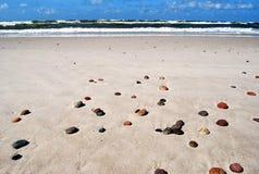 Stranden av stenar Royaltyfria Foton