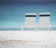 stranden chairs sanden Royaltyfri Fotografi