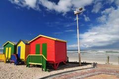 stranden förlägga i barack huvud Arkivbilder